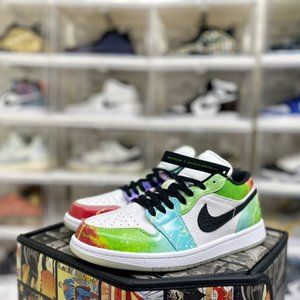 Air Jordan 1 Low Luminous Space